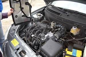 Приора масло в двигатель